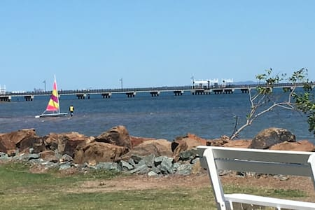 Woody Point apartment with water views - Woody Point