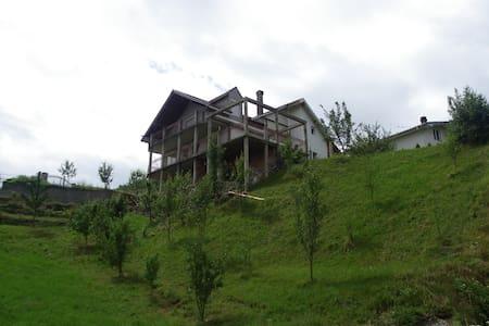 Berane - Luge, Chaleureuse maison - Berane - Gästhus