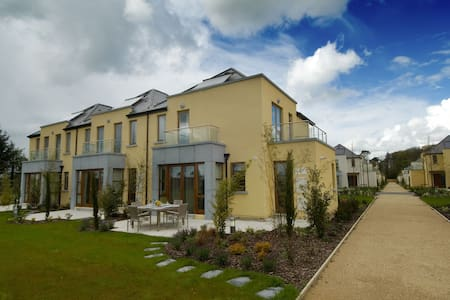 Waterford Castle Lodges, The Island, Co.Waterford - 3 Bed - Sleeps 6 - Waterford