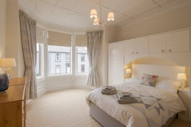 Picture of Troon Spacious Seaside Apartment