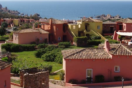 Great Sardinian holiday for up to 7 - Costa Paradiso - Lejlighed