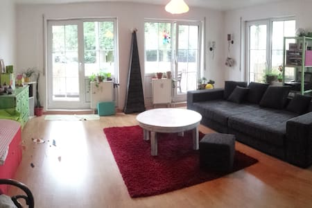 Berlin-Frohnau: furnished apartment 03-Aug-03-Sep - Lejlighed