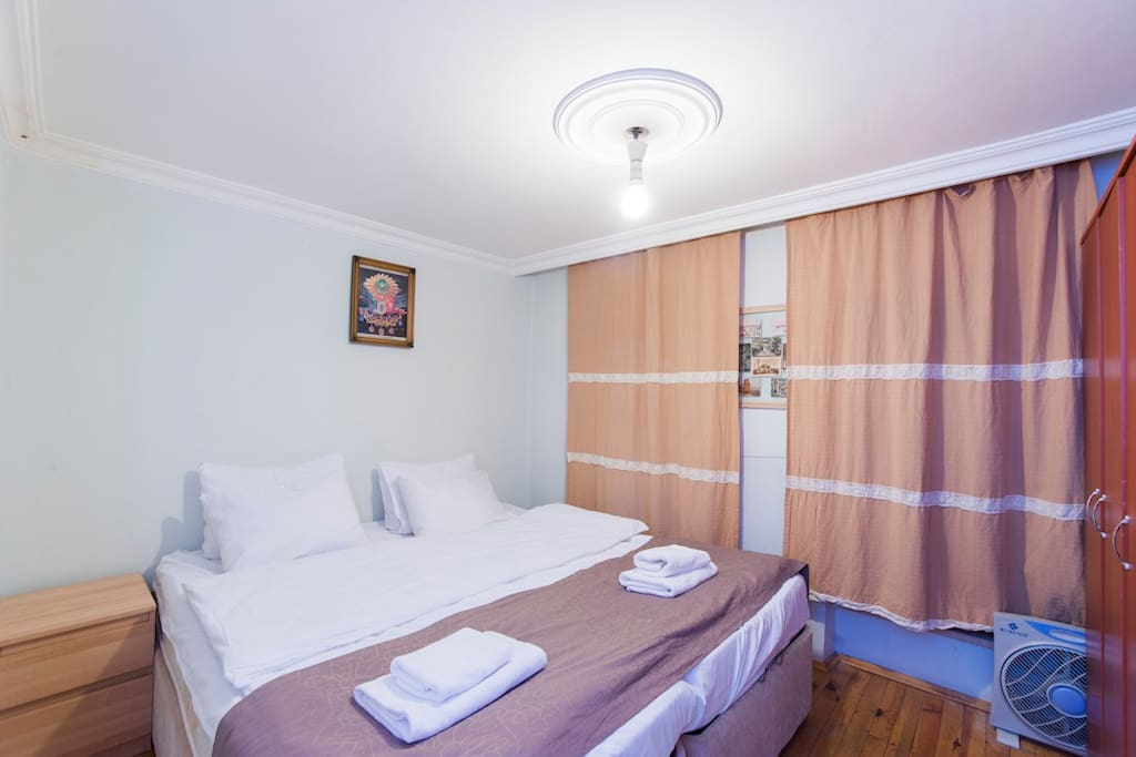 Taksim Budget One-Bedroom Flat (T)