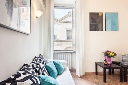 mini appartamento nel cuore di roma