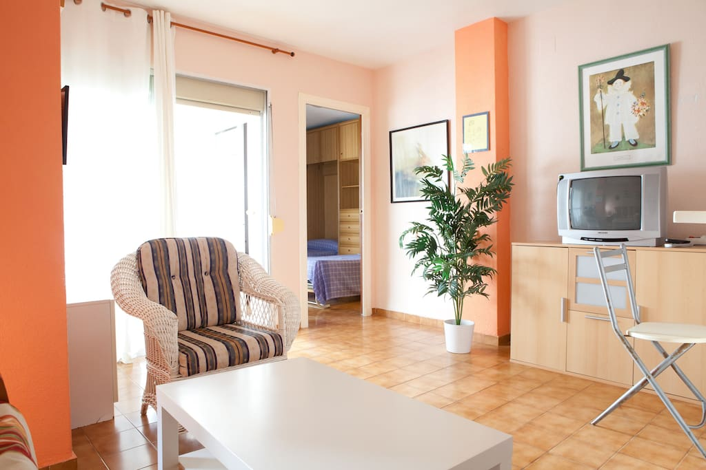 Cosy apartment seafront calm beach