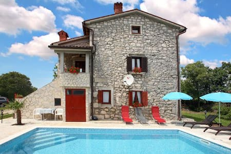 Rustic Villa Volta with  pool - Vila