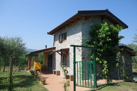 Nice villa close to Cinque Terre - Hus