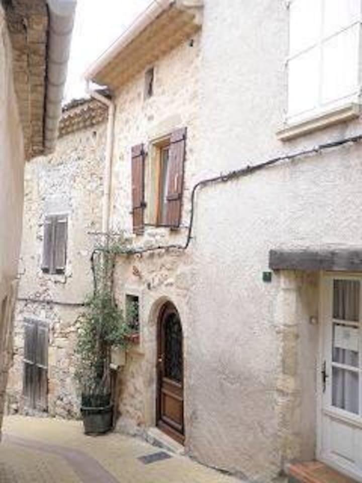 5 Rue des Murs