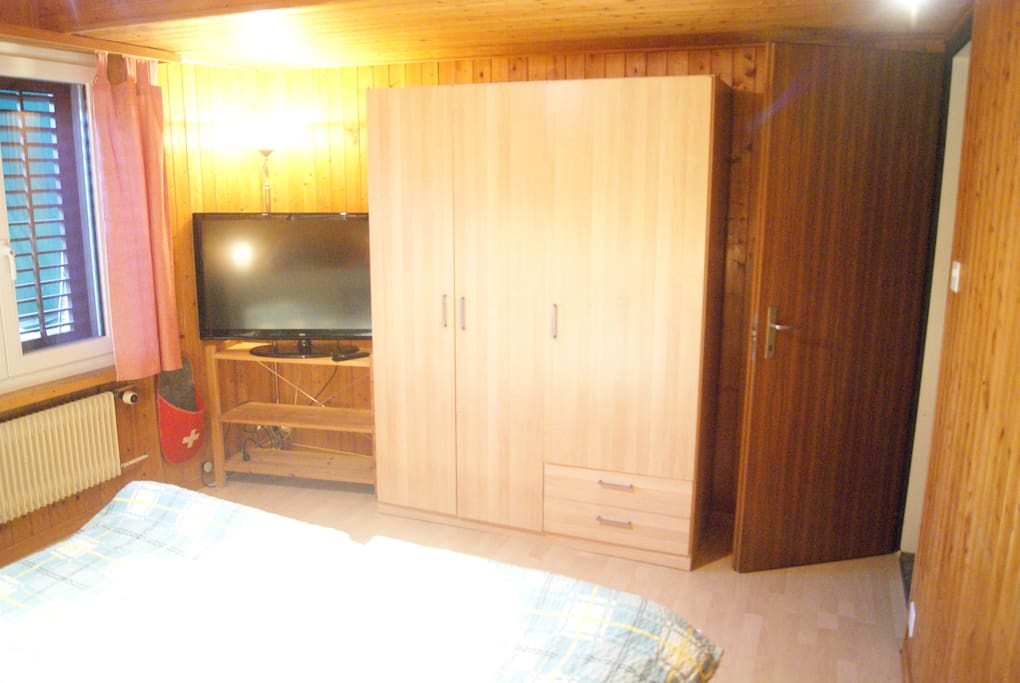wardrobe and TV of 1st room (01/2014)