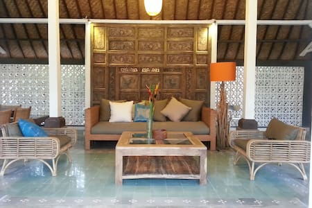 SANUR  ELEGANT 2 BEDROOMS VILLA - South Denpasar - House
