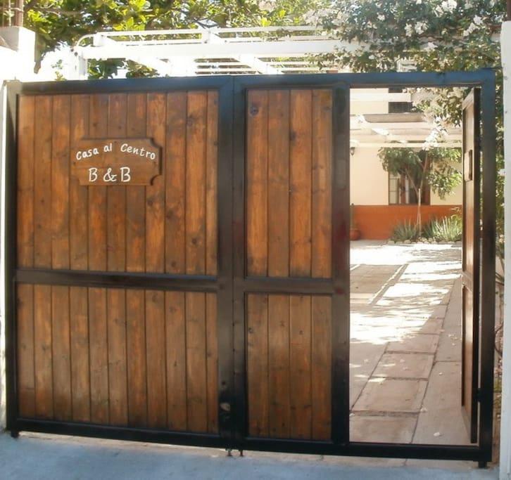Casa Al Centro Main Gate