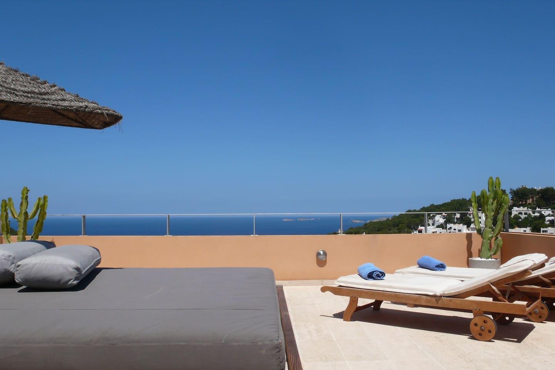 Roof sun terrace.
