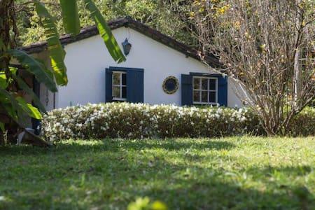 Cozy Little House - Haus