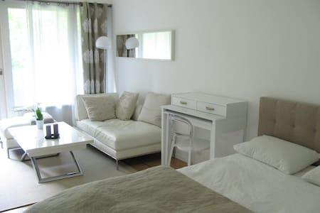Magnifique et cosy studio de charme - Appartement