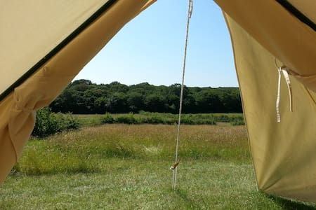 BleanBees Glamping - Canvas Bell Tent - Denstroude - Tent