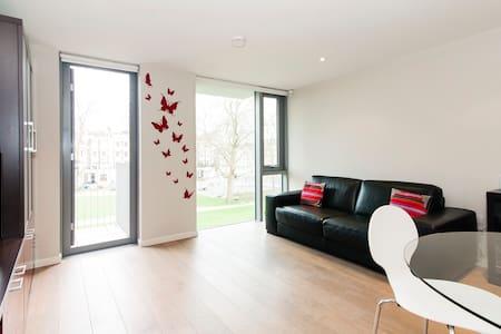 MODERN and QUIET Islington flat- PARK VIEW - London - Apartment
