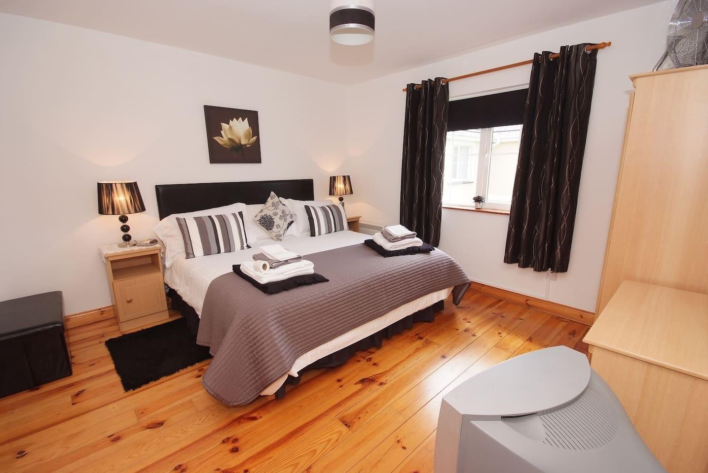 Master Bedroom Blarney House