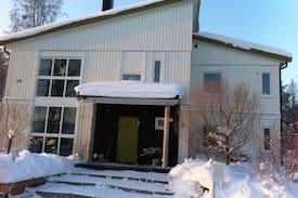Picture of Härlig ny-funkisvilla med trädgård