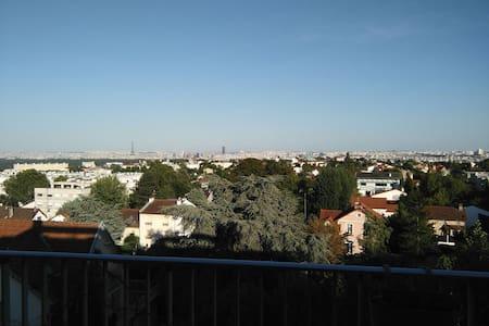 3 pièces avec vue sur tout Paris - Garches