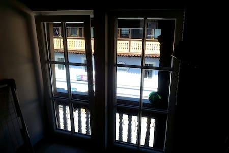 Stilvolle Wohnung im Ortskern - Apartment
