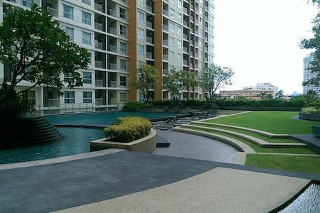 Resort Condo in Midtown Sukhumvit, Great Food Area - Bangkok