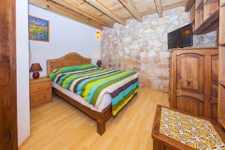 depa en ambiente familiar  TZ'UNUM - San Cristóbal de las Casas - Wohnung