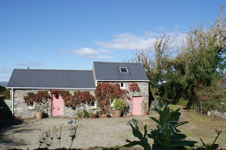 Fuchsia Lane - Casa de campo