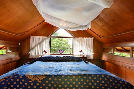 Attic with view+bike in North Sanur - Denpasar - Casa