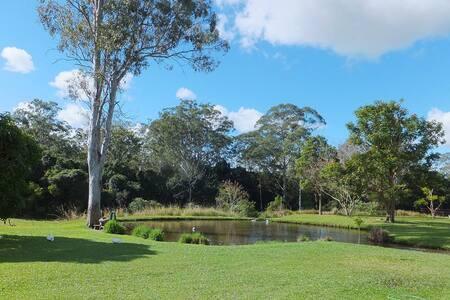 Caboolture Qld 4.5star Holiday Home - Talo
