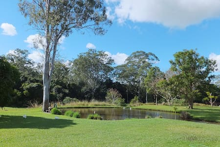 Caboolture Qld 4.5star Holiday Home - Hus