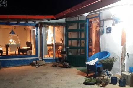 카페여행작가(블로그주소 http://blog.daum.net/shine-1077) - Ganghwa-eup, Kanghwa - Casa