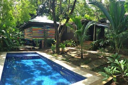 Casa Tranquila poolside bungalow - Bungalow