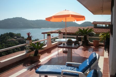 Breathtaking Villa in Zihuatanejo