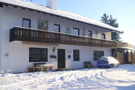 2 room Appartment close to the hill - Pis