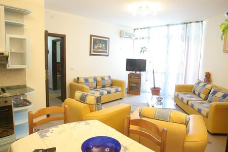 Amazing Homelike Apartment  - Tirana - Wohnung