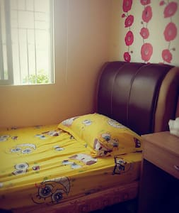 Clean and cozy room near tagaytay - Dasmariñas - Dom