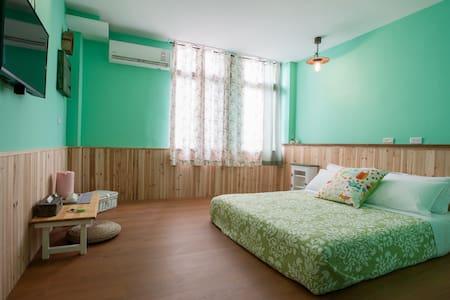 日日好時光 2F 海島綠雙人房 - Guangfu Township - Ház