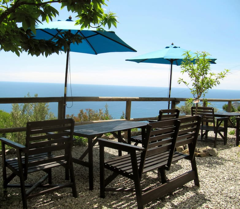 B b villa pietrafiore seaview bed breakfasts for rent for B b budoni al mare