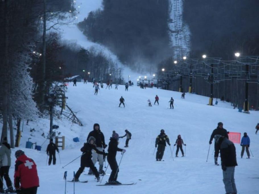 Ski Tubing Park