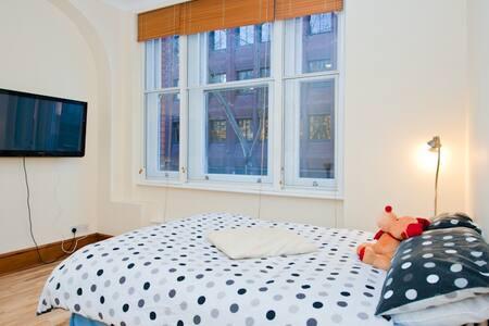 Covent Garden Room in London