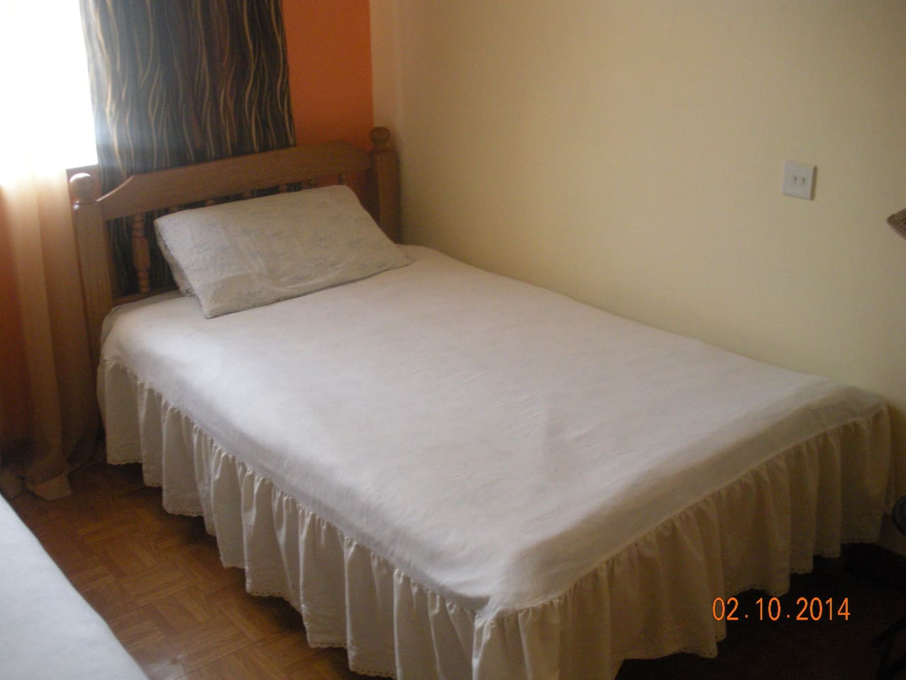 Secure flat close to JKI airport