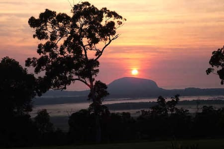 Ninderry Rise Overlooking Coolum  - Maroochy River - Apartemen