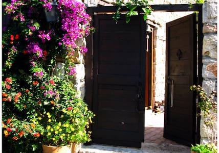 Romantic studio/appartm. in Kirazli