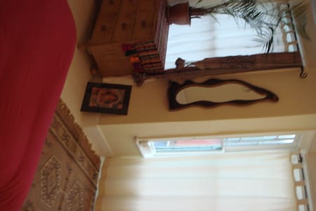Large light spacious double room - Newhaven - Bed & Breakfast