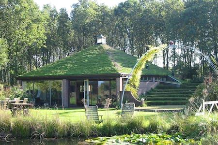 Selatuinenpaviljoen in grote tuin - Cabin