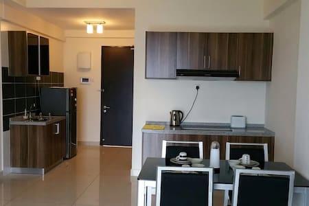 2Bedrooms D'inspire Exec Apt - Johor Bahru - Condominium