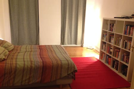 fully furnished bedroom kreuzberg