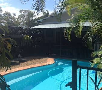 Funky  private studio apartment with own pool - Mudjimba