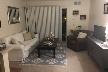 One bedroom apartment in Redlands - Redlands - Apartament