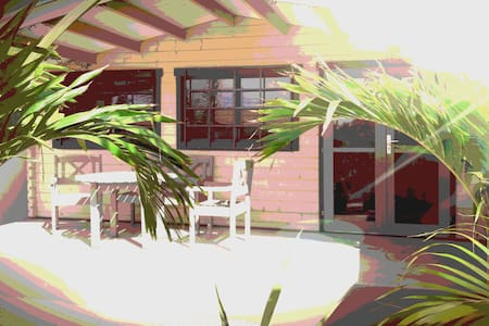 Free-Standing Studio Beach-Hotels-Stores Nearby - Appartamento